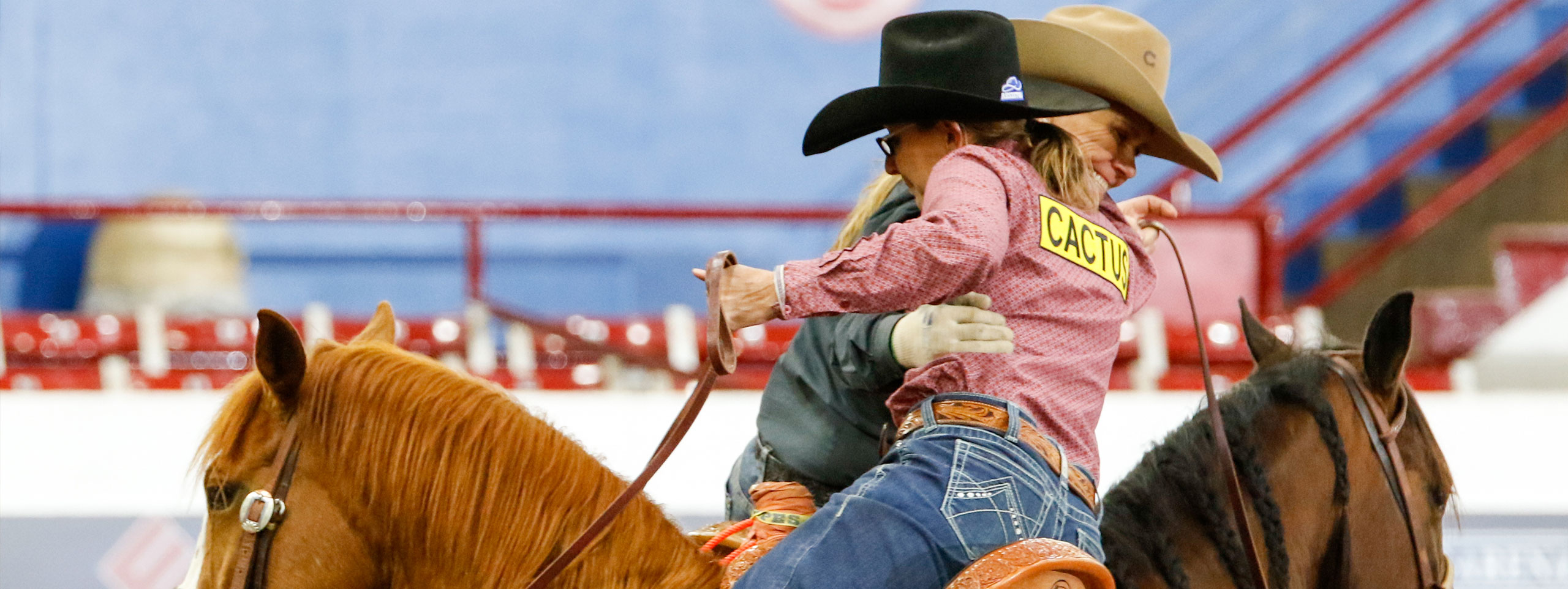 Guy and Stahl bank $52K at Charlie 1 Horse All-Girl Team Roping